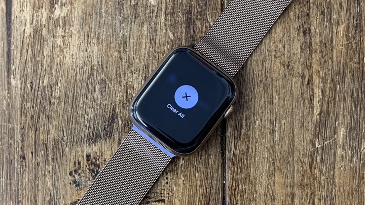 Clear all notifications on your Apple watch